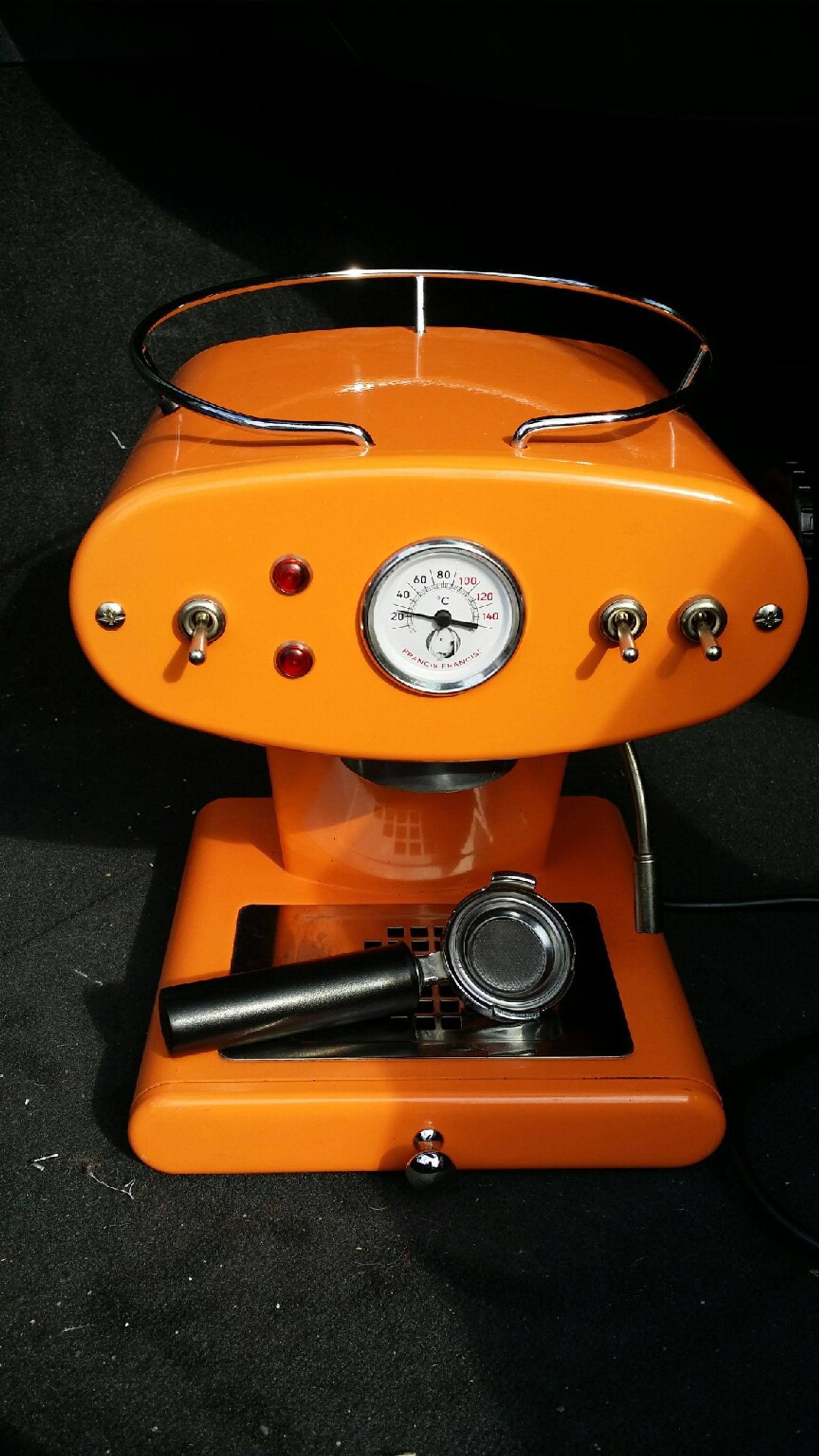 gebraucht designer kaffeemaschine von illy in 9020  ~ Kaffeemaschine Zu Verschenken