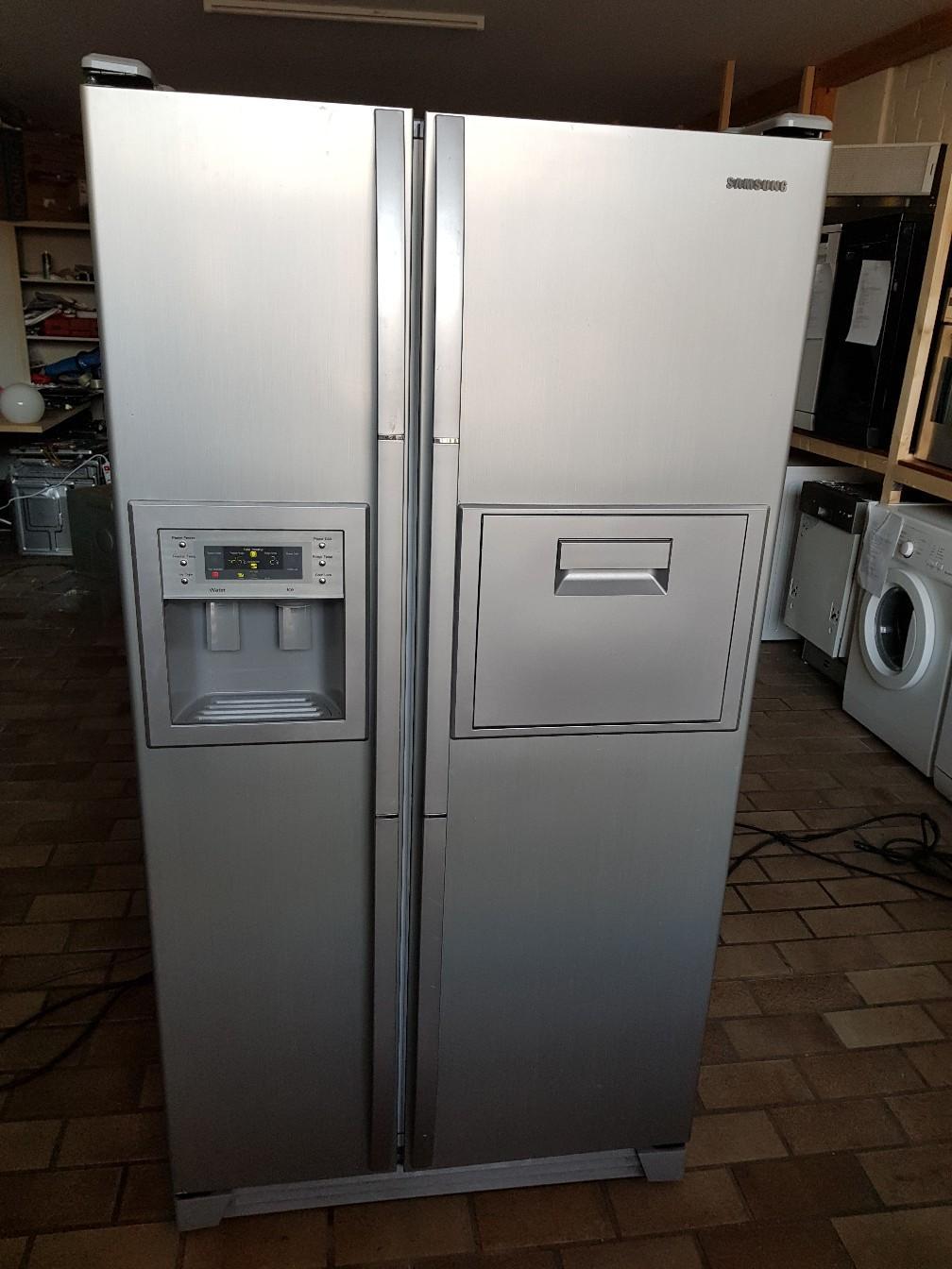 Side By Side Kühlschrank Black Friday : Gebraucht side by side kühlschrank in krefeld um u ac