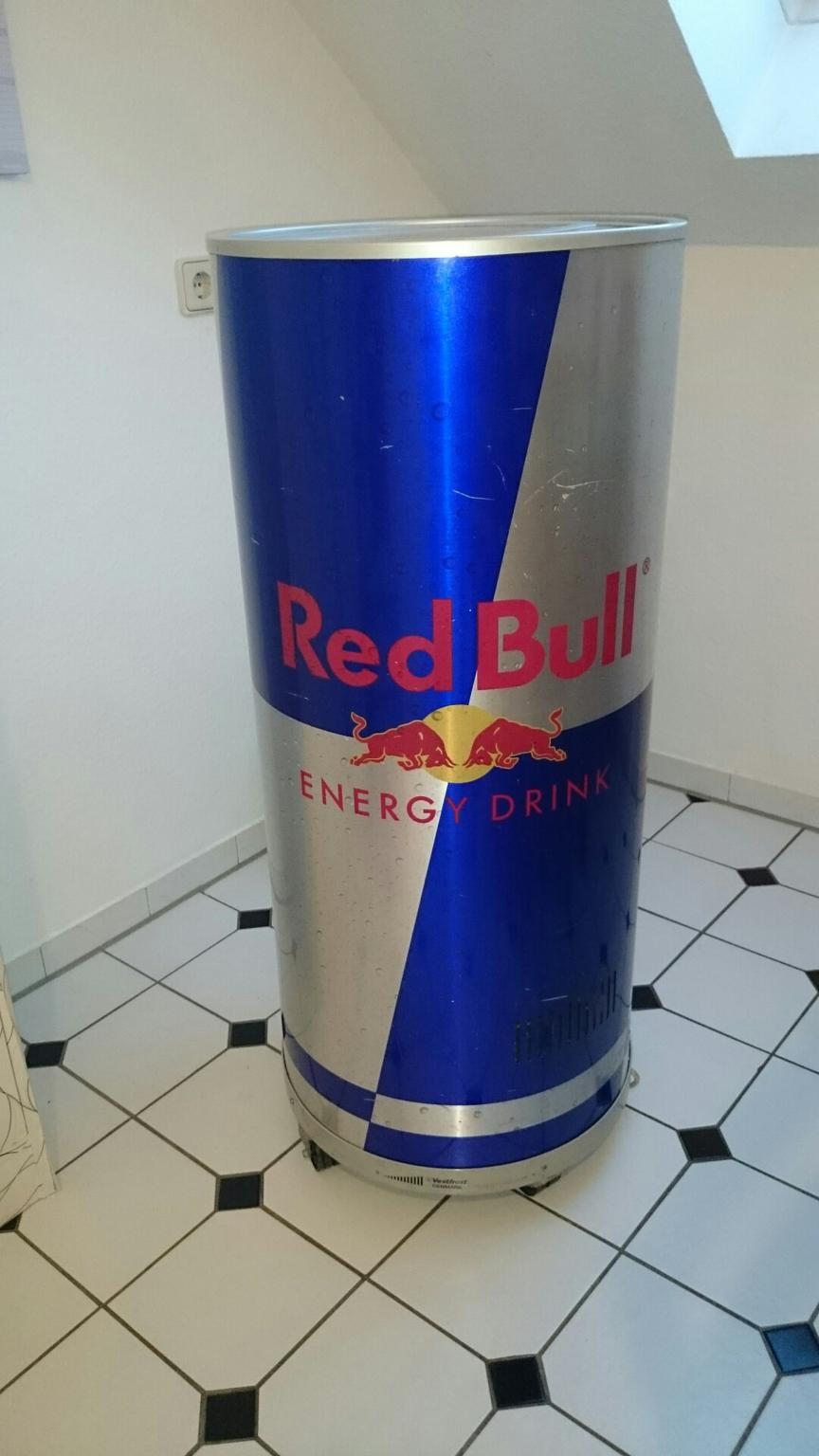 Red Bull Kühlschrank Verkaufen : Gebraucht redbull kühlschrank in köln um u ac u shpock