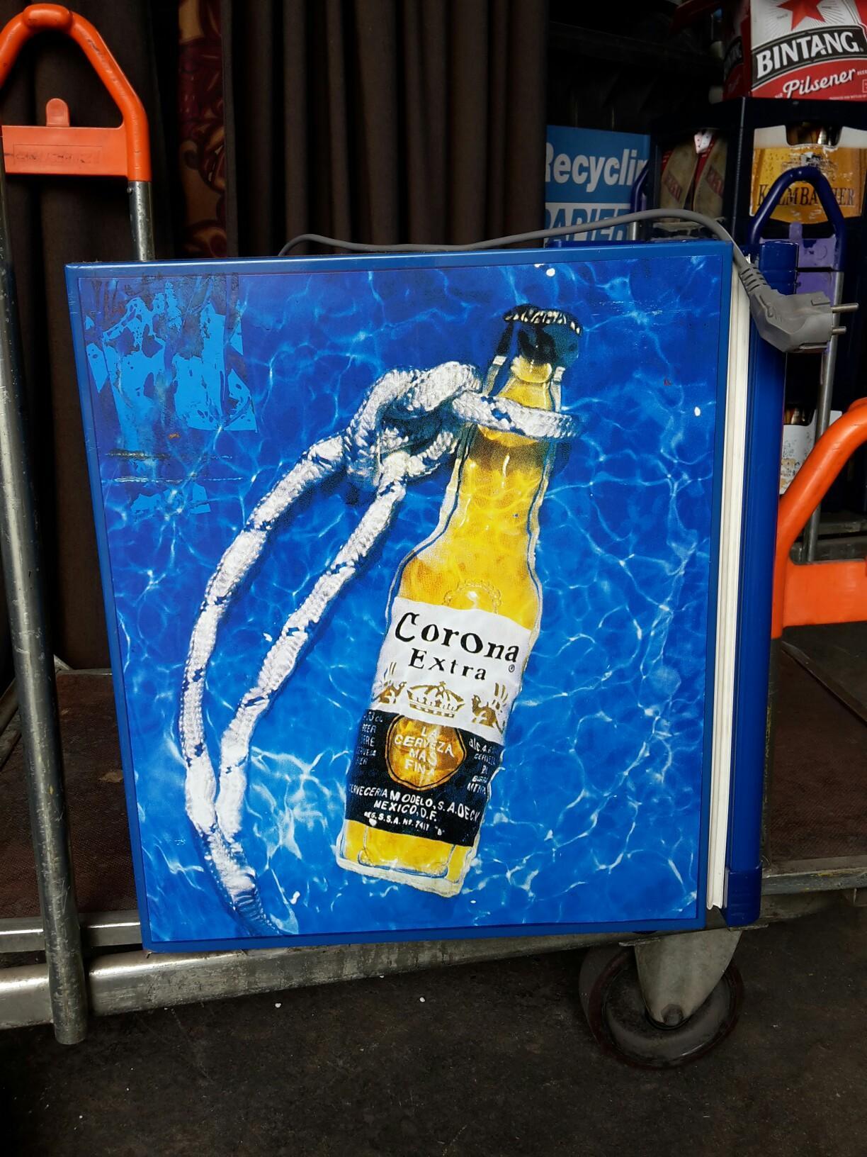 Mini Kühlschrank Corona : Gebraucht corona mini kühlschrank in norderstedt um u ac