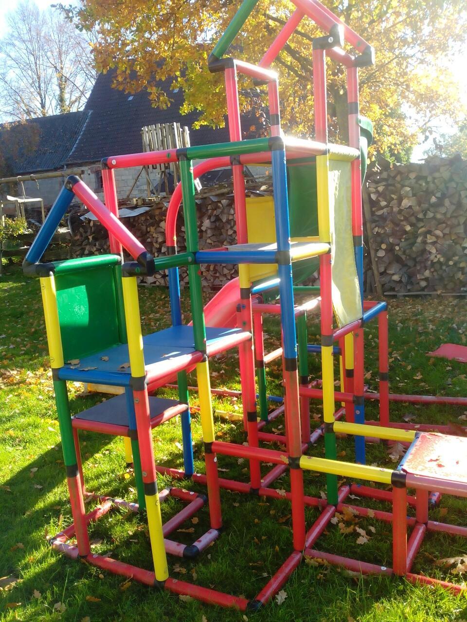 Quadro Klettergerüst Mit Rutsche : Gebraucht quadro bauteile gerüst rutsche kletterturm in