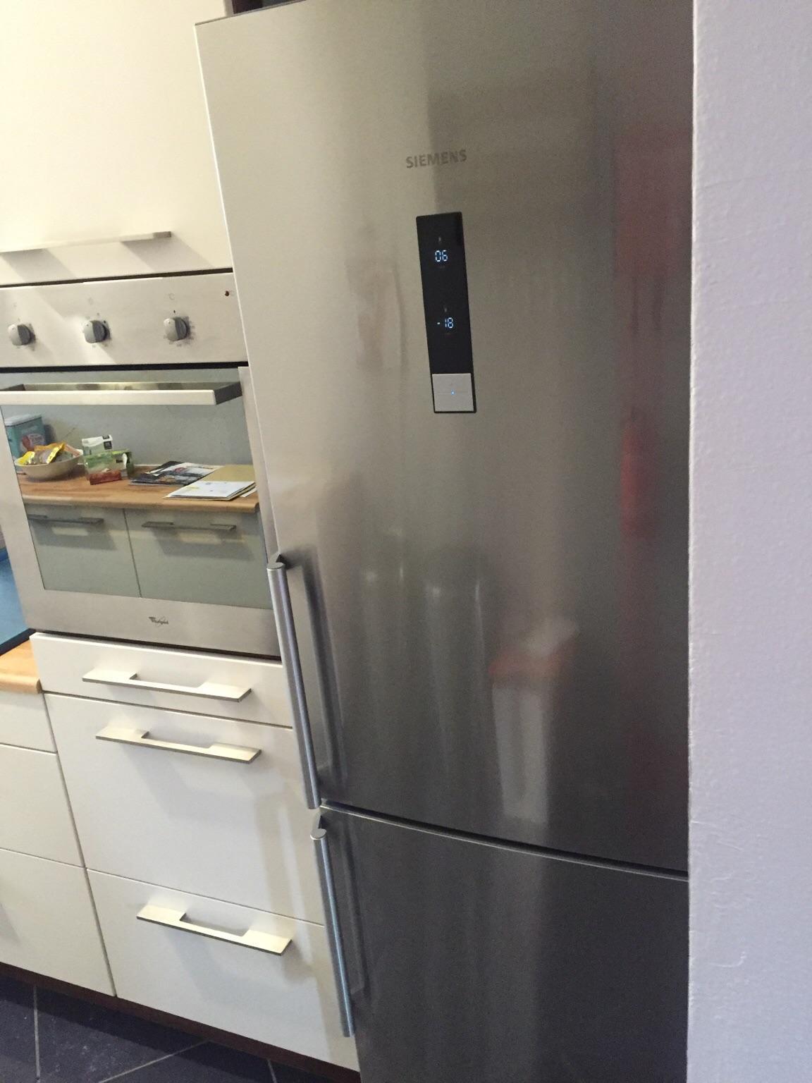 Siemens Kühlschrank Coolbox : Gebraucht siemens kühlschrank a jahr alt in neuss