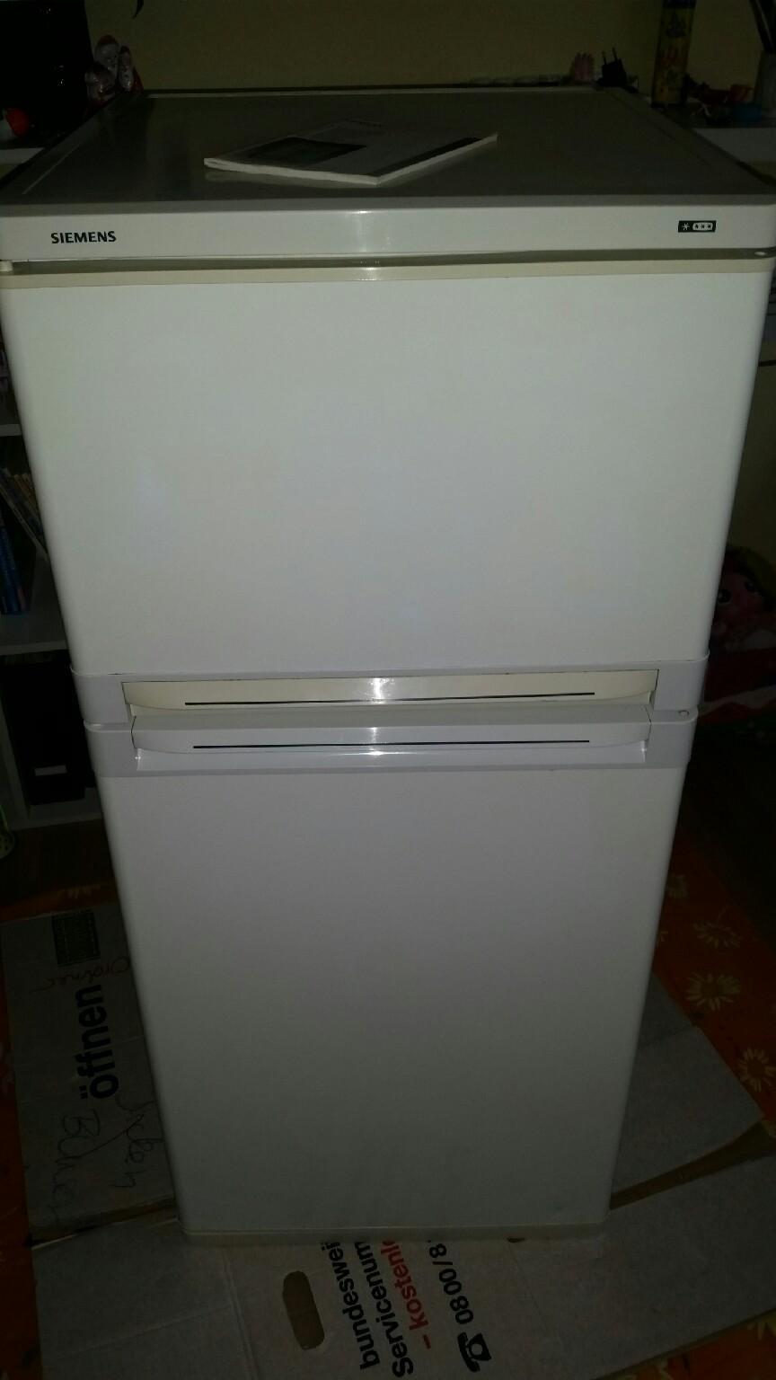 Siemens Kühlschrank Risse : Gebraucht siemens kühlschrank gefrierkombi in