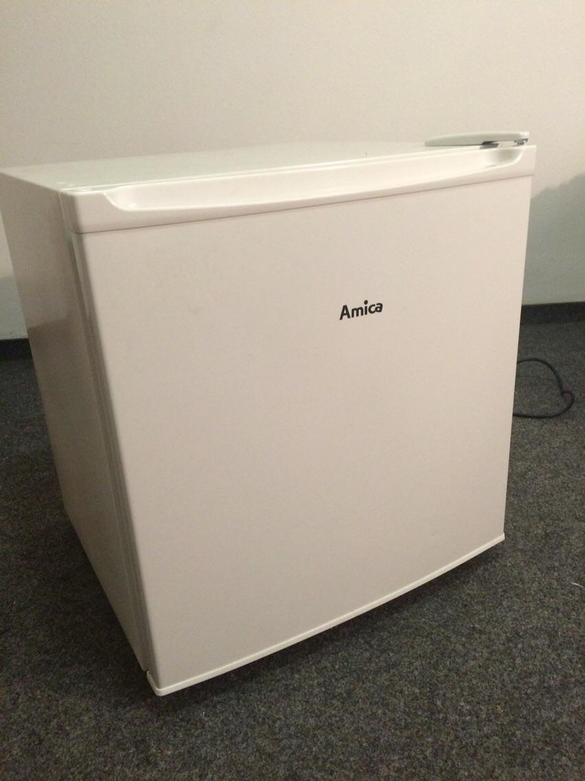Amica Kühlschrank Mini : Gebraucht mini kühlschrank mit gefrierfach in münchen um