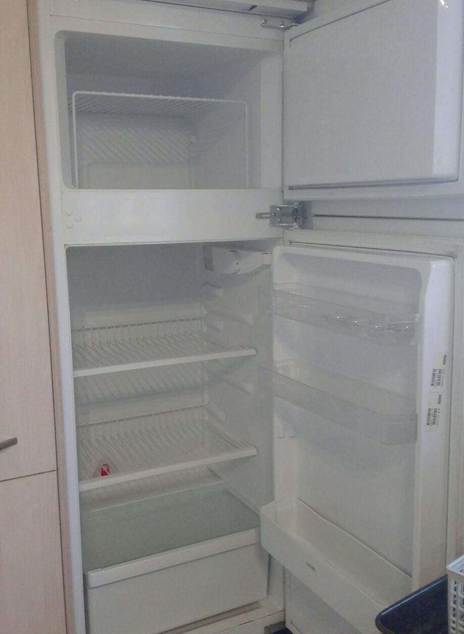Kühlschrank Ignis Gefrierfachtür : Gebraucht ignis einbaukühlschrank mit gefrierfach l in