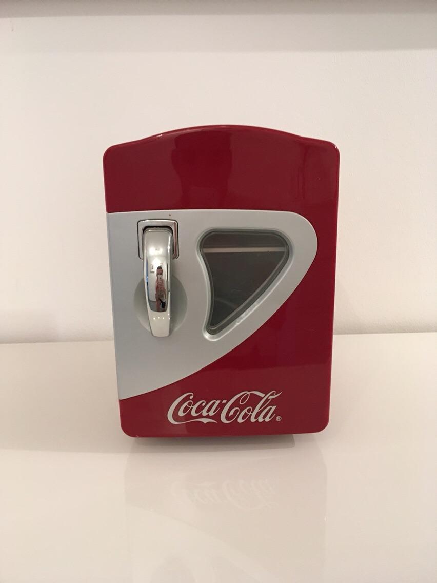 Kleiner Kühlschrank Coca Cola : Kühlschrank schwarz online bestellen bei yatego