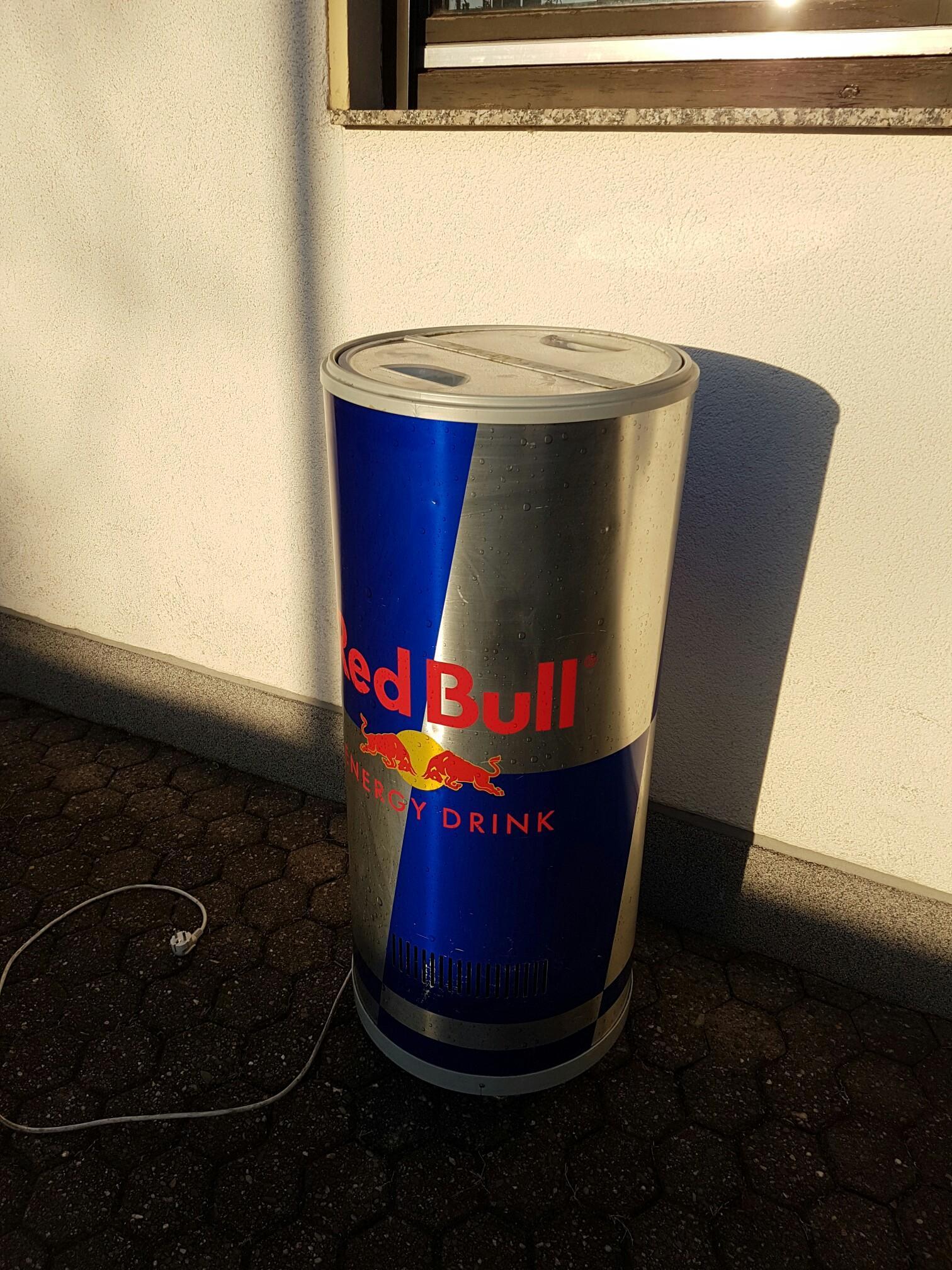 Red Bull Kühlschrank Leistung : Gebraucht redbull dosen kühlschrank in köln um u ac u shpock