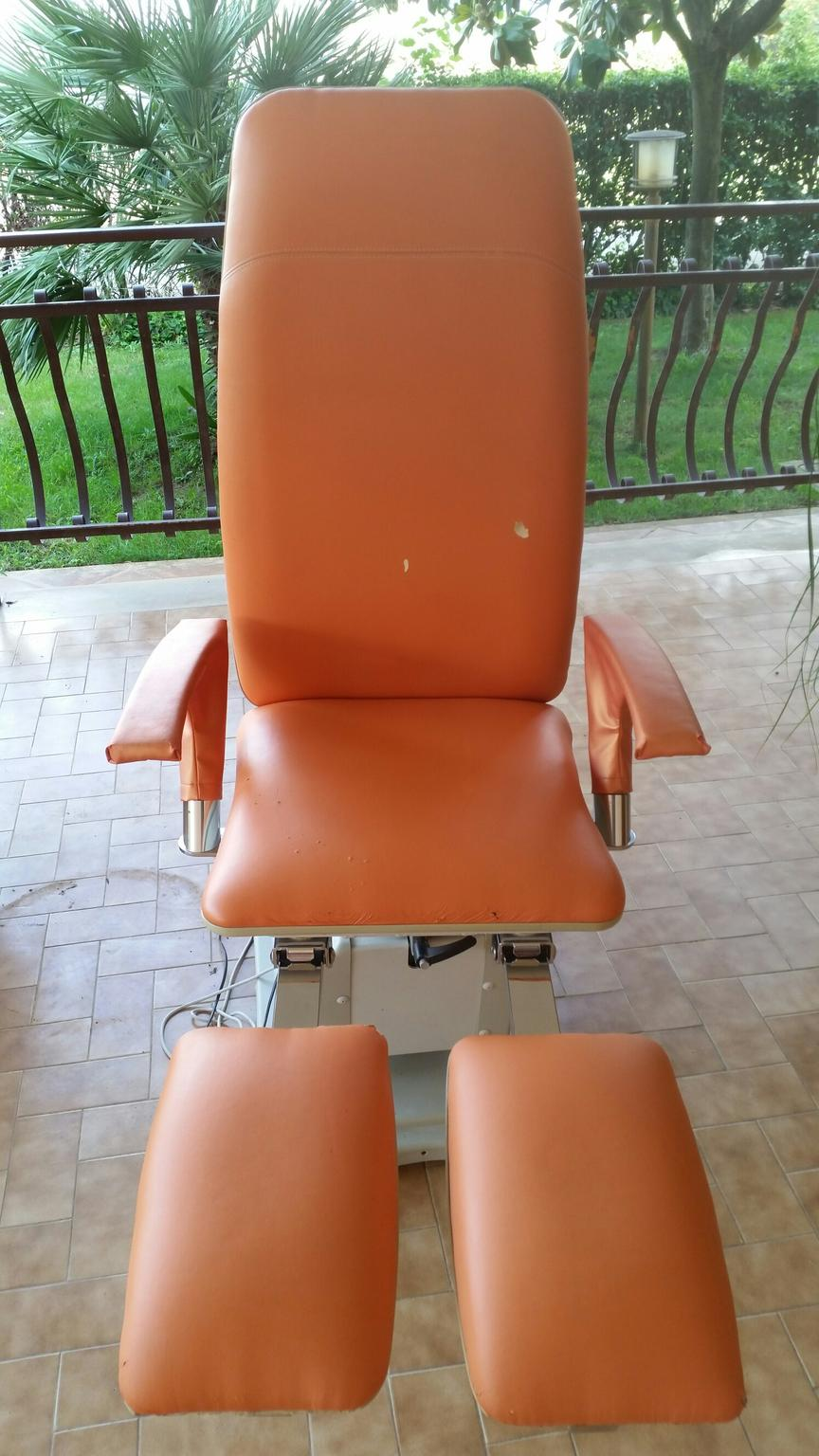 Poltrona pedicure vismara: edge sedia podologica u vismara benessere