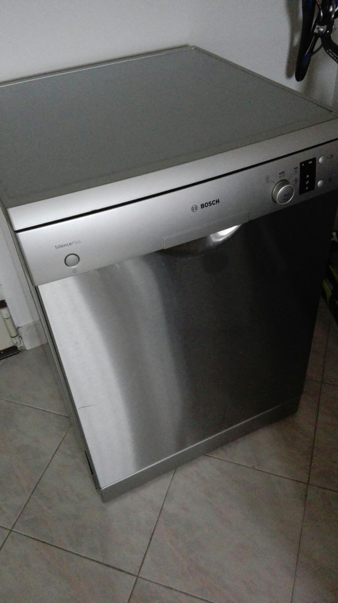 Usato lavastoviglie freestanding bosh in musile di piave su